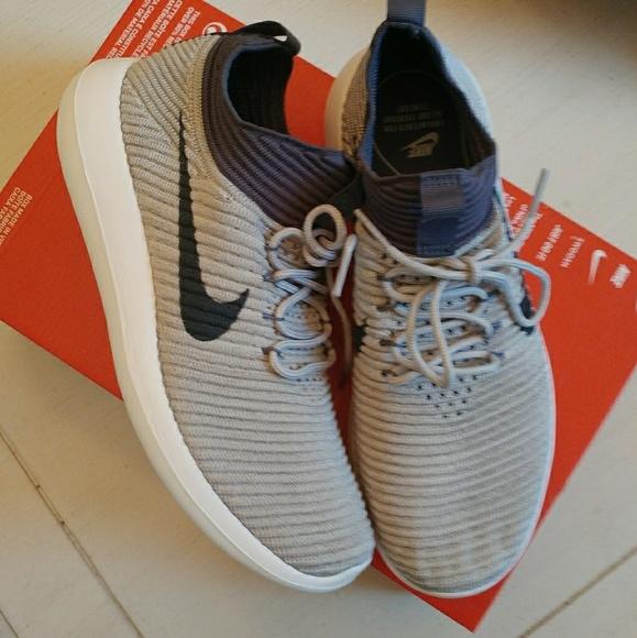 234b158b52fc Women s Nike Roshe Two Flyknit V2